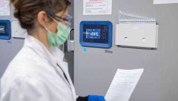 Stock de vaccins contre le virus Ebola chez Thermo Fisher Scientific
